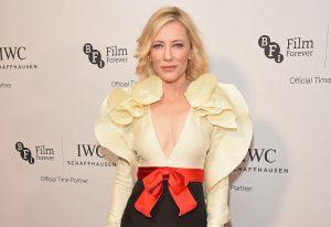 Cate Blanchett sai do óbvio durante noite de gala em Londres!