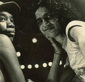 Caetano Veloso posta foto antiga com Milton Nascimento pelo seu aniversário