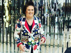 Conheça Suzy Menkes, a sensação da semana de moda de São Paulo