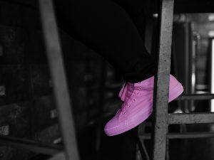 Converse lança campanha para conscientizar e prevenir o câncer de mama