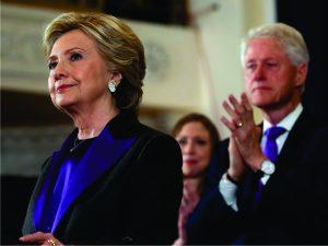 Hillary Clinton recorre a truque de moda para mandar mensagem de união