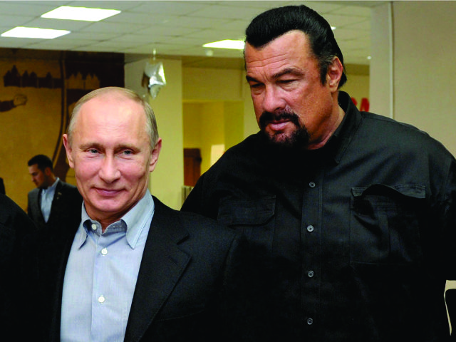 Vladimir Putin e Steven Seagal || Créditos: Getty Images