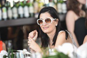 Armani lança edição brasileira da Le Sac 11 com almoço no Parigi