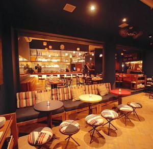 Clientes são assaltados em restaurante da Dias Ferreira, no Leblon