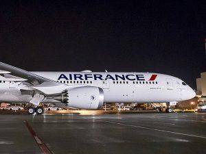 Novo superavião da Air France decola de Paris em janeiro de 2017