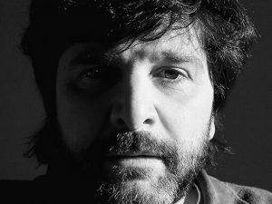 Marcelo Rubens Paiva ganha Prêmio Jabuti na categoria Escolha do Leitor