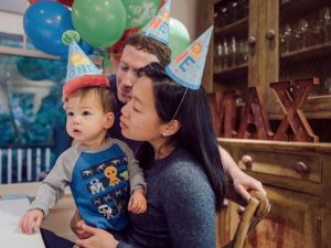 Mark Zuckerberg comemora 1º ano de vida de sua primogênita