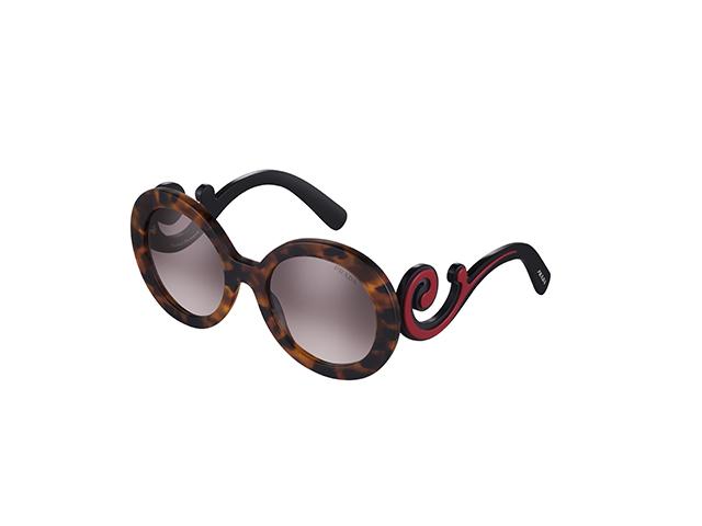 731743b110140 Desejo do Dia  a nova safra dos óculos barrocos Prada – Moda – Glamurama