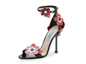 Desejo do Dia: é primavera com a sandália flower power da Prada