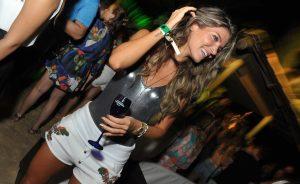 DJ Vintage Culture anima os convidados do Café de La Musique Trancoso!