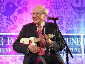 Terceiro mais rico do mundo, Warren Buffett é tema de documentário