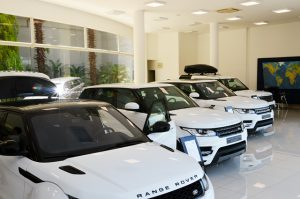 Amigo Secreto Glamurama vai ter carona de Jaguar e Land Rover pela Caltabiano