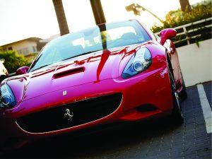 Ferrari vendeu 5 modelos no Brasil em novembro, melhor resultado da história