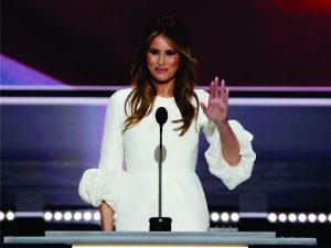 Apesar de boicote, lista dos estilistas que topam vestir Melania Trump cresce