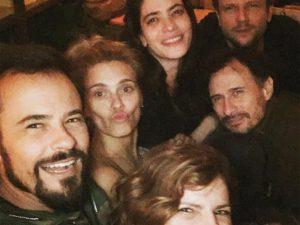 """Carol Dieckmann volta de Miami para gravar série com elenco """"interestelar"""""""