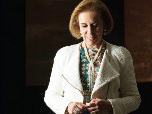 Revista PODER: Janete Vaz entrega a receita de sucesso do Laboratório Sabin