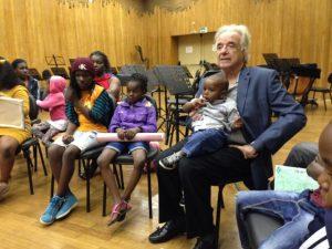 João Carlos Martins vai reger coral de crianças e jovens refugiados
