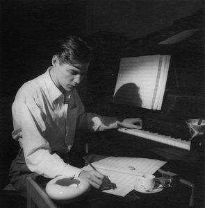 Concerto traz inédita de Tom Jobim na celebração de seus 90 anos