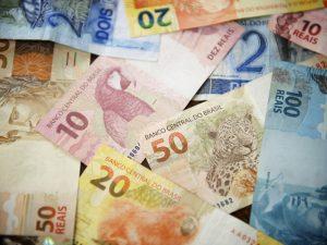 Acusados na Lava Jato passam por saia justa por causa de…dinheiro