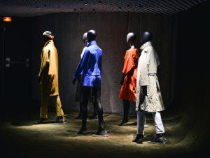 Sede do Partido Comunista Francês recebe evento de moda de gigante do consumo