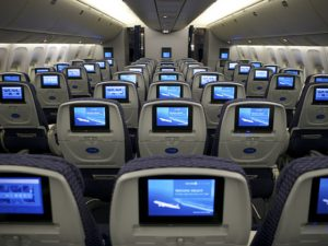 Chamadas de voz via Whatsapp durante voos é o assunto do dia nos EUA