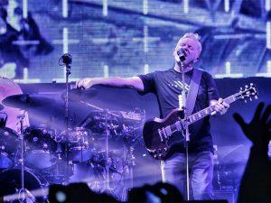 New Order emociona plateia em SP com clássico da extinta Joy Division