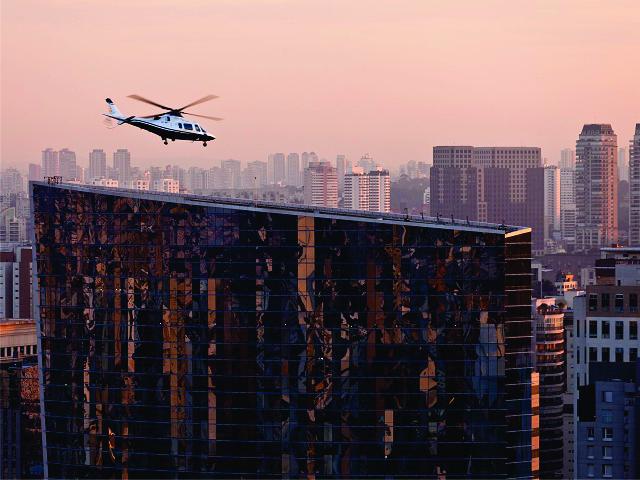 Helicóptero sobrevoa São Paulo || Créditos: Getty Images