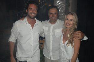 Aécio Neves e mais convidados no Réveillon Je Suis Jeri em Jericoacoara