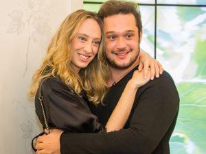 Talytha Pugliesi e Helinho Calfat vão comemorar aniversário juntos. Onde?