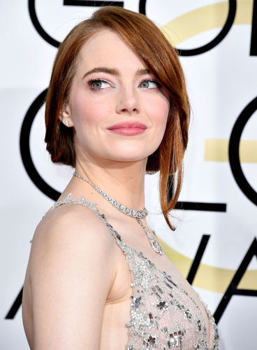 Emma Stone arrives at the 74th Annual Golden Globe Awards at The Beverly Hilton Hotel on January 8, 2017 in Beverly Hills, California. (Photo by Steve Granitz/WireImage)