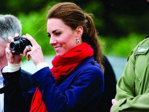 Diga xissss… Paixão pela fotografia já rendeu novo título a Kate Middleton