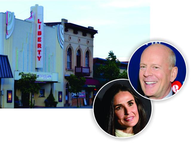O teatro em Hailey, Demi Moore e Bruce Willis || Créditos: Getty Images