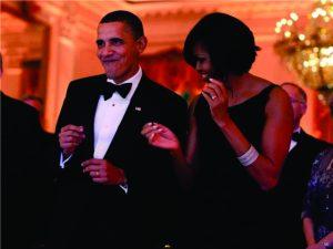 Em despedida, os Obama recebem famosos na Casa Branca. Confira cliques!