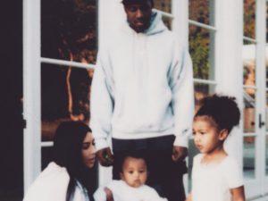 Três meses após sumiço, Kim Kardashian volta a publicar foto no Instagram!