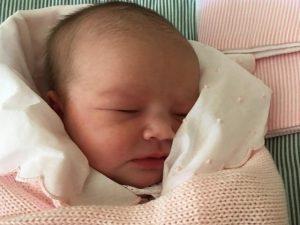 Boas-vindas à Maria! Segunda neta da estilista Patrícia Viera