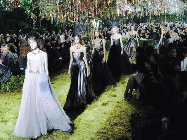 tamanho Dior Haute Couture SS17_Fi copy copy