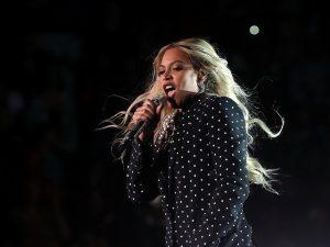 Gravidez não vai impedir Beyoncé de rebolar no palco do Grammy