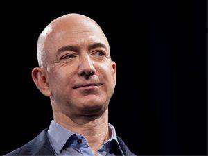 Jeff Bezos desmente projeto de supermercado futurístico atribuído a ele