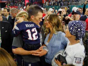 Vitória de Tom Brady no Super Bowl deste ano será tema de filme e livro