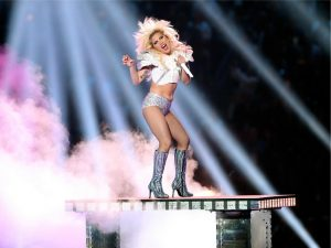 Saiba quanto Lady Gaga faturou por sua apresentação no último Super Bowl