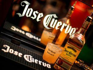 Vai uma margarita Jose Cuervo no Carnaval? A turma do Expresso 2222 vai!