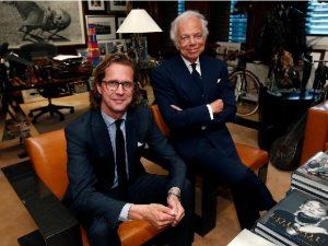 Ralph Lauren Corp anuncia saída de CEO e ações despencam