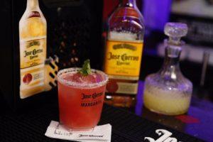 Terça-feira é dia de beber (e anotar a receita) Margarita Preta Gil no Expresso