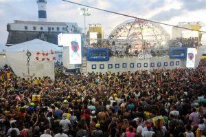 Bloco Largadinho, de Claudia Leitte, leva prêmio de Carnaval sustentável