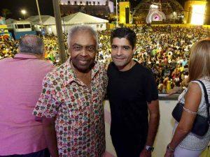 ACM Neto e Gil pulam no Pipoco em Salvador e falam sobre a folia em 2017