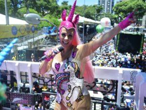 Bloco de Carla Perez é multado pela segunda vez no Carnaval de Salvador