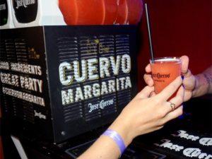 Jose Cuervo cria drink à la Flora Gil no Expresso 2222. Anote a receita!