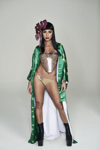 Sabrina Sato, Rainha do Baile do Copacabana Palace, em clique exclusivo para Glamurama todo inspirado no universo das gueixas, tema deste ano do tradicional baile carioca