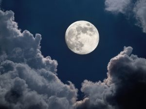 Momento de aproveitar a Lua Cheia e expandir com ela