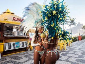 CNN entra no clima do Carnaval do Rio e até dá dicas sobre a festa